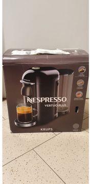 Nespresso Kapselmaschine Vertuo Plus