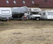 Stellplatz für Wohnwagen Wohnmobil Bootstrailer