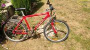 Mountainbike Marin rot mit Federung