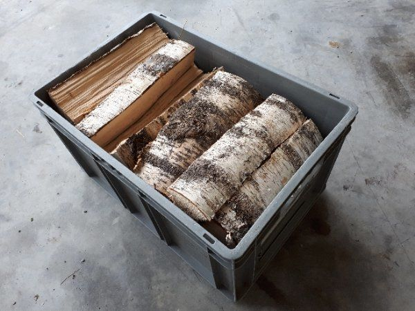 Brennholz in Kisten - Birken- Hart-