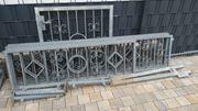 Geländer Schmiedeeisen verzinkt mit Tür