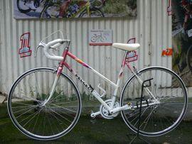 Damen - Straßenrennrad von PEUGEOT mit: Kleinanzeigen aus Braubach - Rubrik Mountain-Bikes, BMX-Räder, Rennräder