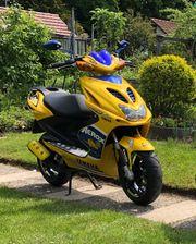 Yamaha Aerox Race Replica Valentino