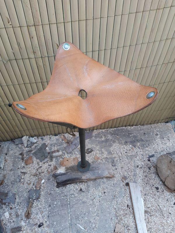 Antiker Jagdsitz aus Echtleder