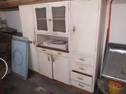 Alter Küchenkasten