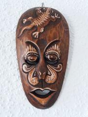 Holzmaske Deko Wand