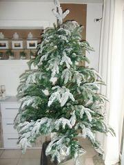 Weihnachtsbaum Künstlich