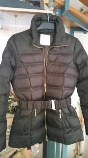 Winter-Jacke in Größe 34 olivgrün