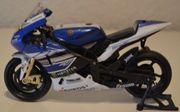 Valentino Rossi Motorrad Yamaha 1