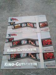 2 Kino Gutscheine und ein