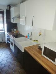 AA Küche mit Kühlschrank mit