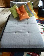 Sofa neuwertig grau - schwarz