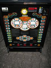 Verkaufe Spielautomat Merkur Disc Hit