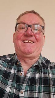 Rolf Rollstuhlfahrer sucht Haushaltshilfe