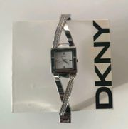 DKNY Damen Armbanduhr Silber TOP