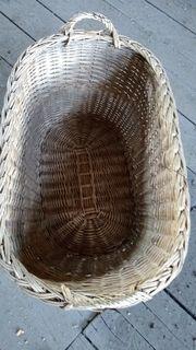 alter Weidenkorb Stubenwagenkorb