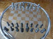 Schachfiguren aus Zinn Wikinger