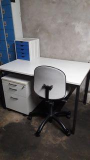 Tisch Stuhl Bürotisch Bürostuhl Aktenschrank