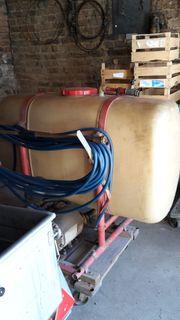 Pflanzenschutzspritze 400 Liter zu verkaufen