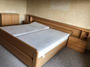 Doppelbett in gutem Zustand