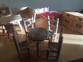 Puppenhaus - Möbel: Kleinanzeigen aus Lustenau - Rubrik Puppen