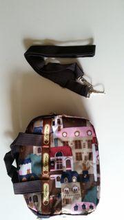 Kleine Taschen für Mädchen