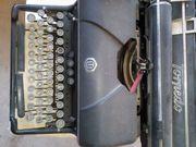 Verkaufe alte Schreibmaschine