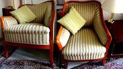 Außergewöhnlich schönes Duo antiker Biedermeier-Sessel
