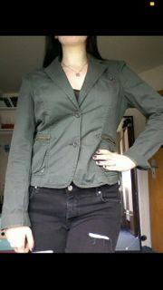 schicke Jacke Größe M
