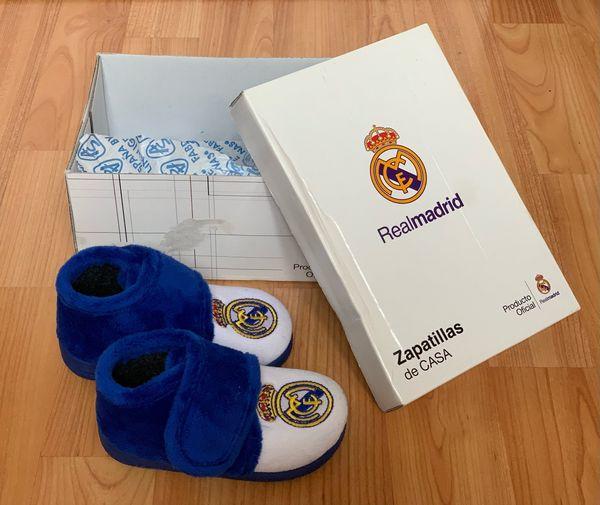 Hausschuhe REAL MADRID - Grösse 21