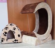 Katzen Kratzmöbel mit neuwertiger Kuschelhöhle