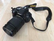 Spiegelreflexkamera Nikon D5100 mit viel