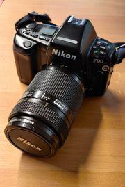 Kamera Nikon F90 mit Zubehör