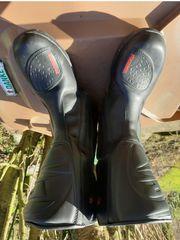 Verkaufe Motorradstiefel 2 mal getragen