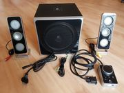 Logitech Z4 2 1 Soundsystem