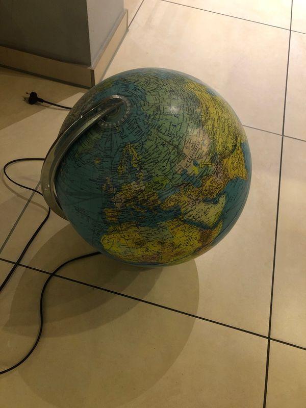 Globus drehbar