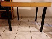 2 robuste Tische