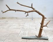 Schmuckstaender-Ast-mit-Steinplatte-Einzelstueck-NEU-Handarbeit-Echtholz