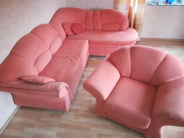Sofa mit Sessel kostenlos abzugeben
