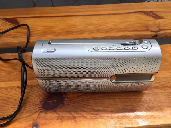 Kofferradio Grundig silber