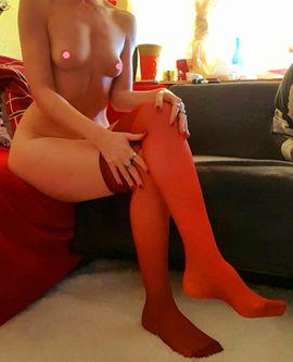 Erotische Bilder & Videos - Versaute MILF