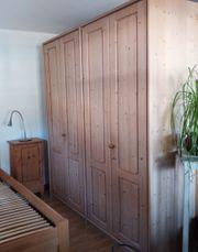 Kleiderschrank Landhausstil - Haushalt & Möbel - gebraucht ...