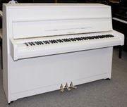 Klavier Yamaha 107 weiß satiniert