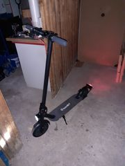 E-scooter kick