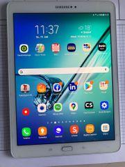 Samsung Galaxy Tab S2 weiß
