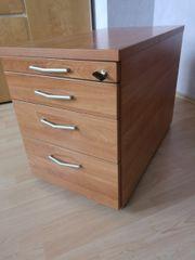 Schreibtischcontainer aus massivem Holz