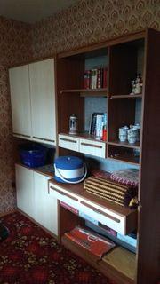 Schrankwand und Büroschrank zu verschenken