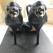 Gucci Damen High Heels Pumps