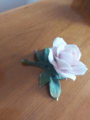 Wunderschöne Porzellan Rose von Göbel