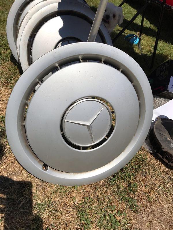 4 Mercedes Radkappen